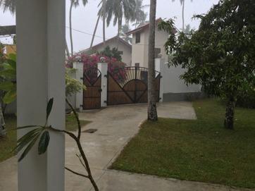 Regnet det bara öser ner...