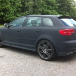 Fredriks Audi svart kolfiber