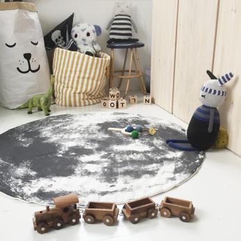 Moon play mat
