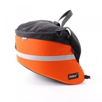 Universal Aero 25l - Universal Aero orange