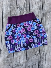 Perfect Skirt M välj mellan 23 olika tyger - Lila blomsteräng