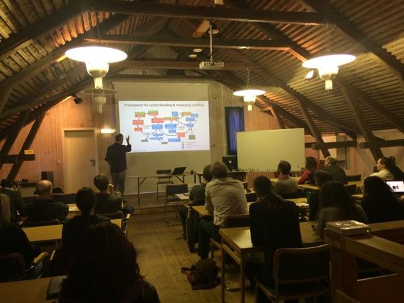 Steve Redpath under en av workshopdagarna på Grimsö. Foto av Gunnar Jansson.