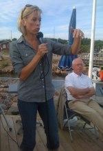 För tredje sommaren återkommer den 17 juli Ginna Lindberg, Sveriges Radios USA-korrespondent sedan 2007. Med bas i huvudstaden Washington DC täcker hon hela den nordamerikanska kontinenten.