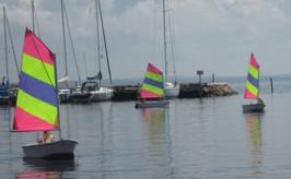 Att segla förutan vind.........