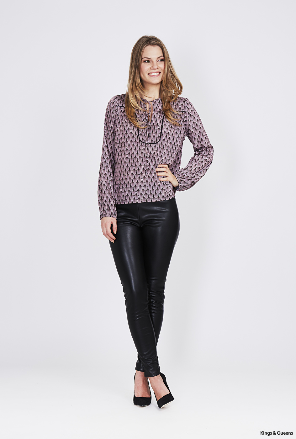DL-17-07-05-P Shadowy blouse
