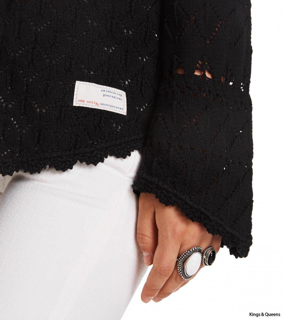 3978_26e50eb53f-617m-646b-love-affair-sweater-almost-black-detail-kopiera