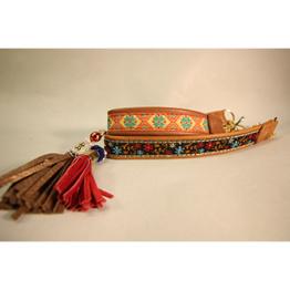 Skinnhalsband Ljusbrun - Dekorband med tofs - 20 cm