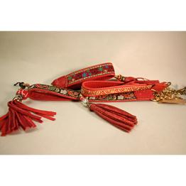 Skinnhalsband Röd - Dekorband med tofs - 23 cm