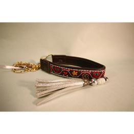 Skinnhalsband Vinröd - Dekorband med tofs - 23 cm