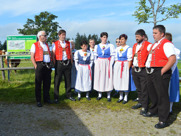 Traditional folk singers welcomed us