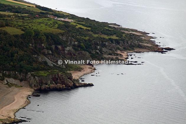 Hovs Hallar....verkligen värt ett besök!! Ja just det...ingen hamn men vacker natur!!