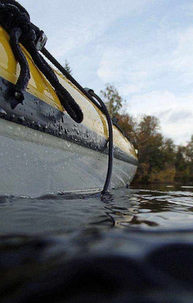 Doppade ner den en bit i vattnet...kan bli läckra bilder när vattnet är klart, insjö vatten har väl inte överdrivet bra siktdjup