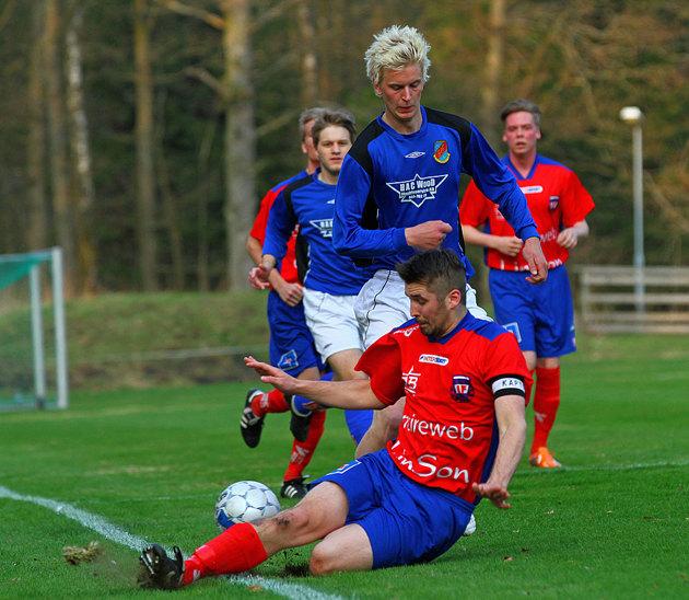 Piggar upp betydligt, men dom vill ha bilden som ovan. Match bilden är fotograferad vid ett tidigare tillfälle!!