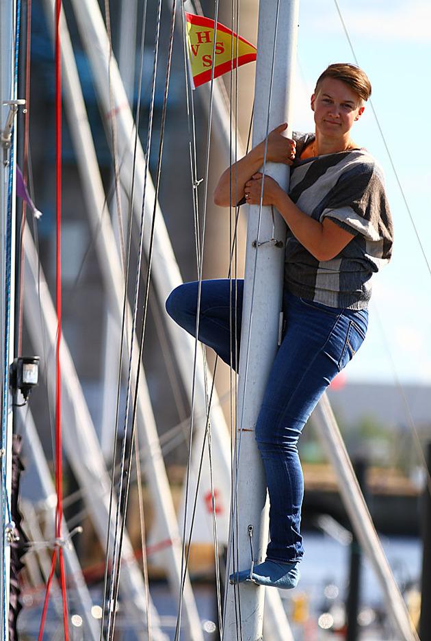 Fick även upp tjejerna i masten en bit...körde en del av bilderna med min båt som rekvisita