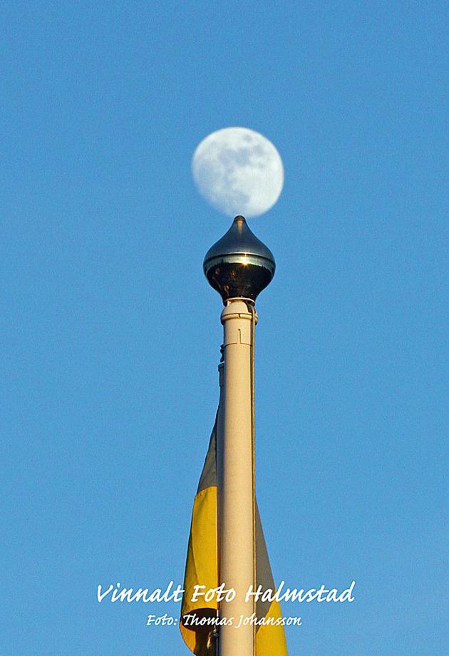 Ibland hamnar månen på flaggstången och då får man fixa det...