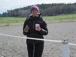 Anne-Marie hinner också med en (två, tre....) koppar kaffe :)