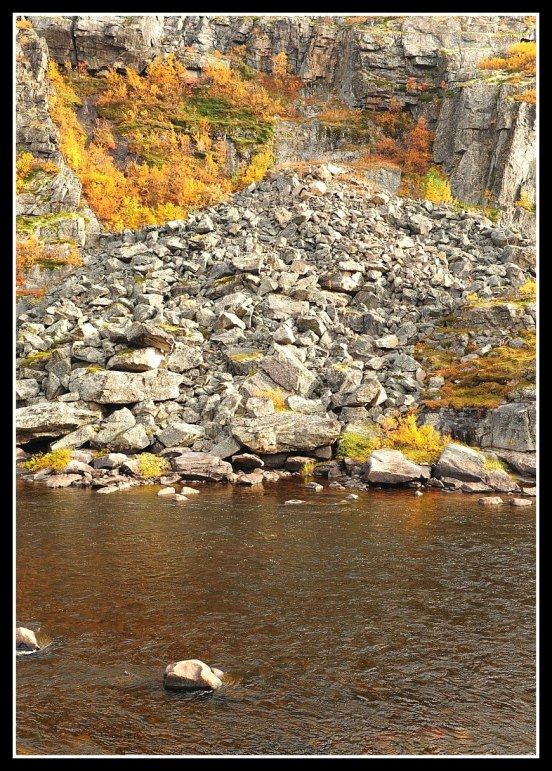 Upper Canyon Kharlovka. Photo Thomas Thore