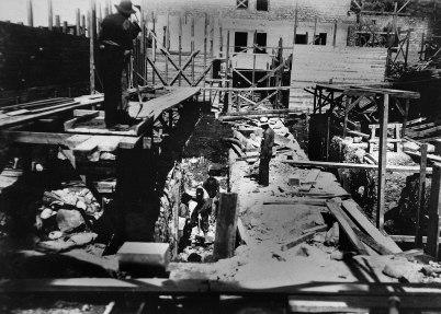 33 Schaktning i silosgrunden 1910 06 18