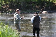 FLYFISHIMG COURSES AT THE RIVER