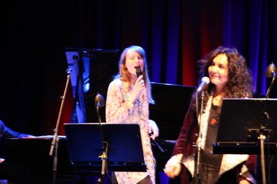 Sarah Riedel och Mahsa Vahdat