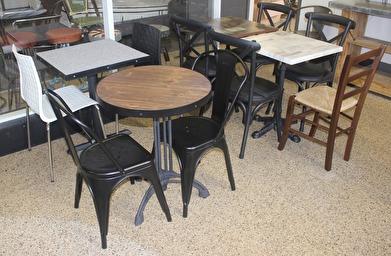 36 Olika cafee bord som finns i lager