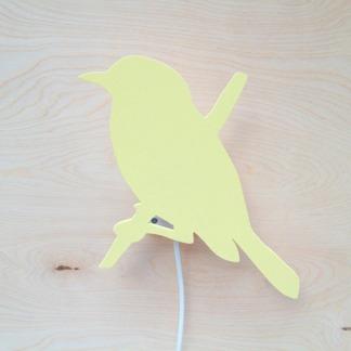 * Fågel på gren