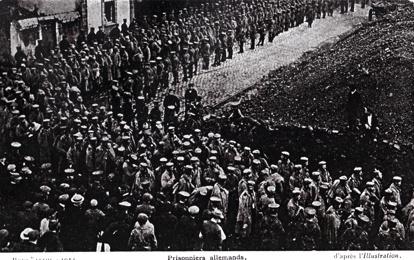 Ett vykort med tyska soldater skickat av Ivan hem till sin mor Signe