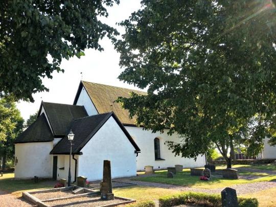 Kumla kyrka annex till Svanshals. Foto Emil Stenhammar 2014