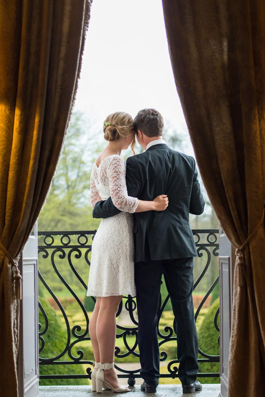 Bröllop på Kronovalls vinslott i Skåne. Fotograf Rebecca Wallin