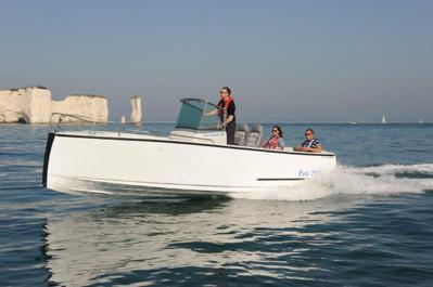Motorboat Monthly Sea trial                                         Bild: Drake Marine Ltd