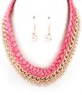 Halsband med flätat band & guldfärgad kedja