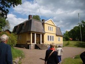 Jolos sommarhus som Sällskapet besökte i maj 2011 (foto Kerstin Nylander)