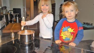 Vi kokar choklad till skogsdagen