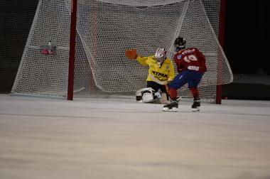 Olle Sandin räddar återigen SSK från Edsbyns snabba forwards