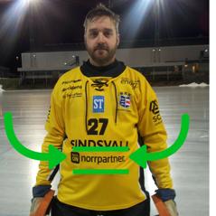 "Markus ""Masken"" Wiström ser nöjd ut med Norrpartner på magen."