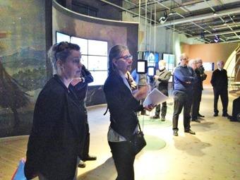 Guider var Marie Junggren, chef för utställningsverksamhete, och Agneta Wolfbrandt, formgivare som jobbat med bildspelen .