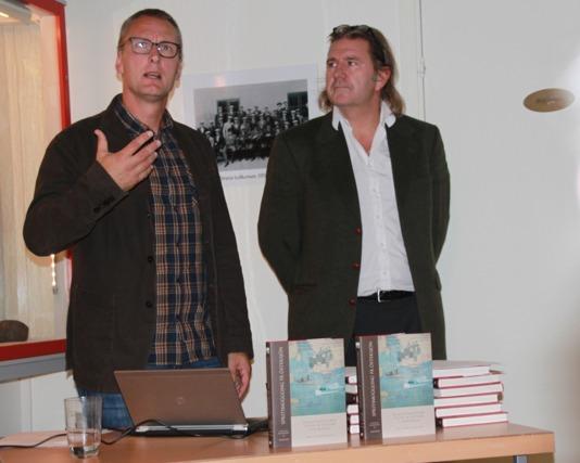 Fredrik Nilsson i berättartagen och Johan A. Lundin