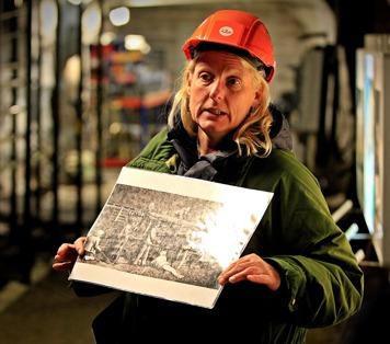 Eva Larsson berättade att den första borriggen användes vid tunnelbygge på kontinenten i mitten av 1800-talet. Foto Lars Höglund