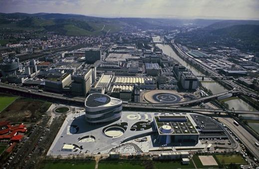 Mercedes-Benz fabrik i  Untertuerkheim