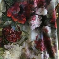 Blommigt sammetstyg