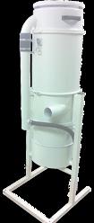 Filteravskiljare FC-350 med cyklon och veckat patronfilter på ca 2m2. Dammbehållare om 35L på excenterupphängt fäste för enkel tömning..
