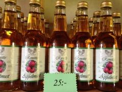 RENETTE ekologisk äppelmust 33 cl är gjord av  renetter som Cox Holstein,Cox Queen, Ingrid Marie och Ribston.