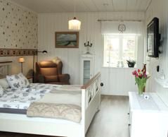 Fräscht & personligt boende i våra tre rum med frukost på lilla Axtorna B&B mellan Falkenberg & Ullared