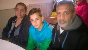 Leon är född i Tyskland och kom till Sverige när han var tio månader gammal. Nu är han 12 år gammal och ska utvisas till Serbien ett land han aldrig varit i.