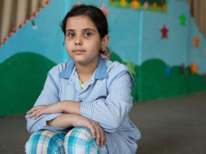 Nioåriga Rama Bilal Alis mamma är från Libanon. Men mamman kan inte överföra sin nationalitet till sina barn eftersom medborgarskapet följer pappan. Rama är därför statslös. (Foto: UNHCR/Jordi Matas)