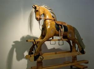 Le Rocking Horse