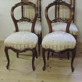 Gängliga stolar