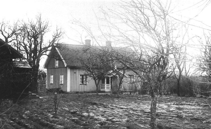 Sveningsgården låg med utsikt över SAJ-banan. (Skövde Stadsmuseum)