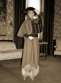 """Indy with """"Countess Blanche Bonde"""" at Castle Tjolöholm"""