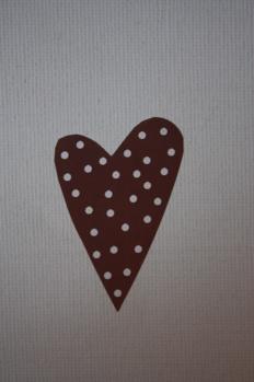 Klisterhjärta brunt med vita prickar 10-pack -